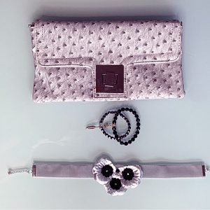 'Exquisita' Handmade Necklace, Semi-Precious Bracelets & Matching Purse (Black, Silver)